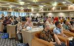 Sosialisasi Perpres, Balai Bahasa Riau Berikan Penghargaan