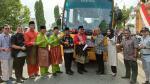 Peduli Kemajuan Pendidikan, Agung Toyota Serahkan Bus Sekolah
