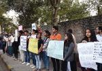 Terkait Teror Gerombolan Bertopeng, Mahasiswa India Gelar Unjuk Rasa