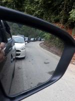 BREAKING NEWS: Jalur Riau-Sumbar Macet Parah Sebelum Kelok 9