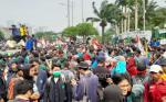 Demo Mahasiswa di Depan Gedung DPR Mulai Tegang