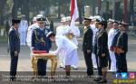 Jokowi Resmi Lantik 724 Perwira TNI dan Polri di Istana