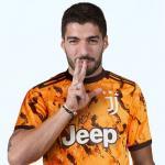 Pindah ke Juventus, Suarez Juga Ingin Jadi Warga Negara Italia
