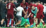 Adrian Cedera Gara-Gara Fans, Kiper Ketiga Liverpool Berpeluang Debut