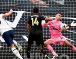 Penalti Telat Newcastle Batalkan Kemenangan Tottenham
