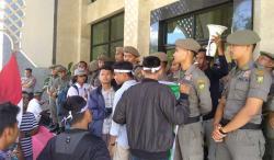 Gelar Protes Tambang di Kampar Kiri, Mahasiswa Tuding Bupati Merestui