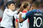 Ketika Final Piala Dunia 2018 Terganggu Protes Pussy Riot Terhadap Putin