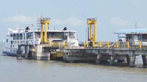 Penyeberangan Roro Hanya Dilayani Tiga Kapal