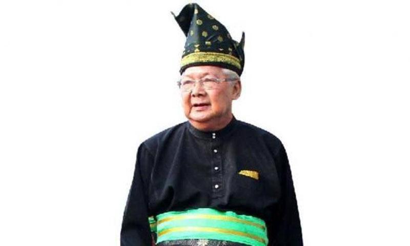 Almarhum Tenas Effendy Terima Tanda Kehormatan Bintang Mahaputra Nararya