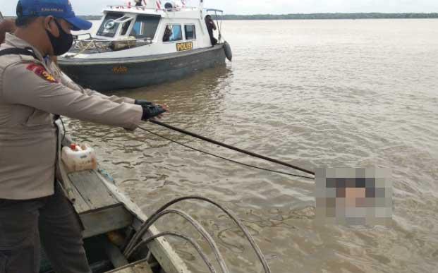 Dua Nelayan Tenggelam, Satu Orang Ditemukan Meninggal