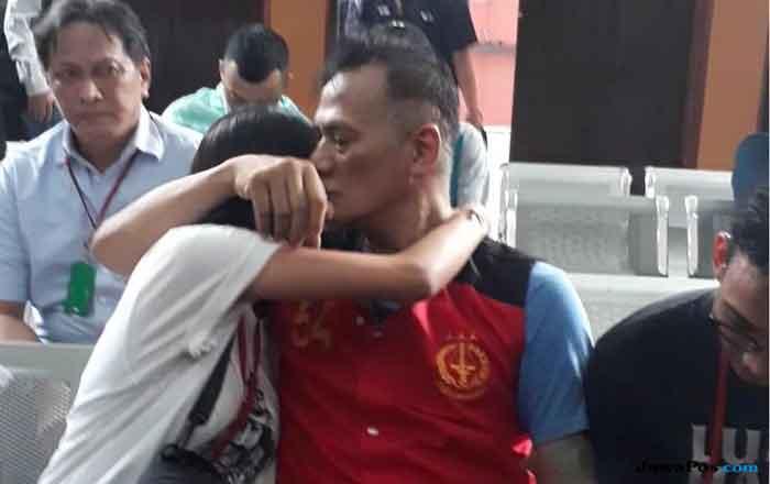 Jual Hasil Gambar di Dalam Penjara, Cara Tio Pakusadewo Nafkahi Anaknya