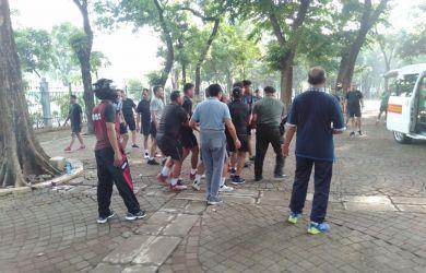 BREAKING NEWS: 2 Anggota TNI Korban Ledakan di Monas Dievakuasi ke RS Gatot Subroto