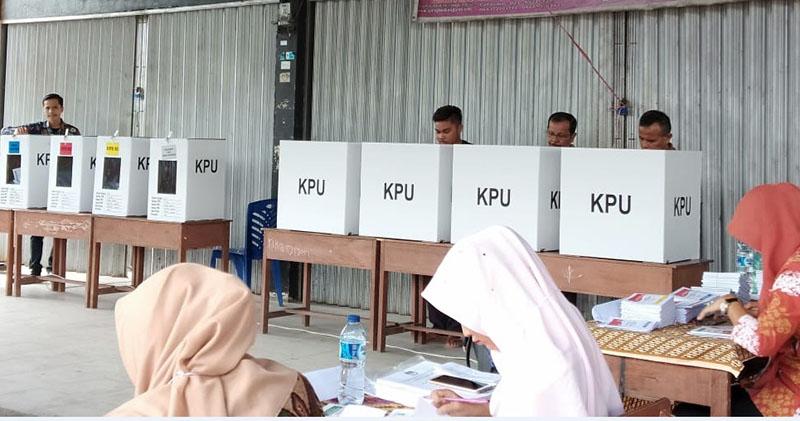 Di TPS Bupati Kuansing, Prabowo Menang Telak