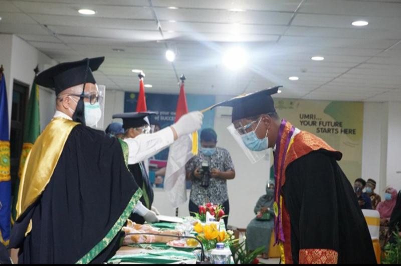 726 Mahasiswa UmriDiwisuda Secara Bergantian Selama 10 Hari