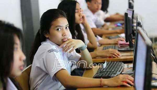 Siswa yang Bocorkan Soal Diganjar Nilai Nol, Begini Kritik KPAI