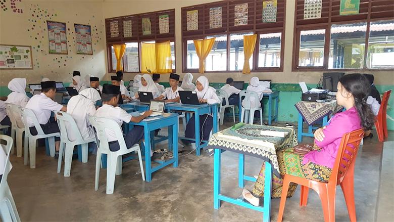 Dari 80 Hanya 21 SMP yang Mampu UNBK, Sisanya Menumpang